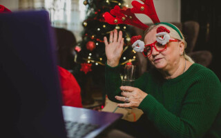 Bringing Holiday Cheer Virtually To Your Employees
